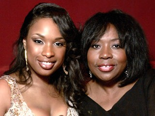 Jennifer Hudson and her mother at the Academy Awards.